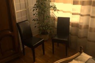 Stühle im Schlafzimmer